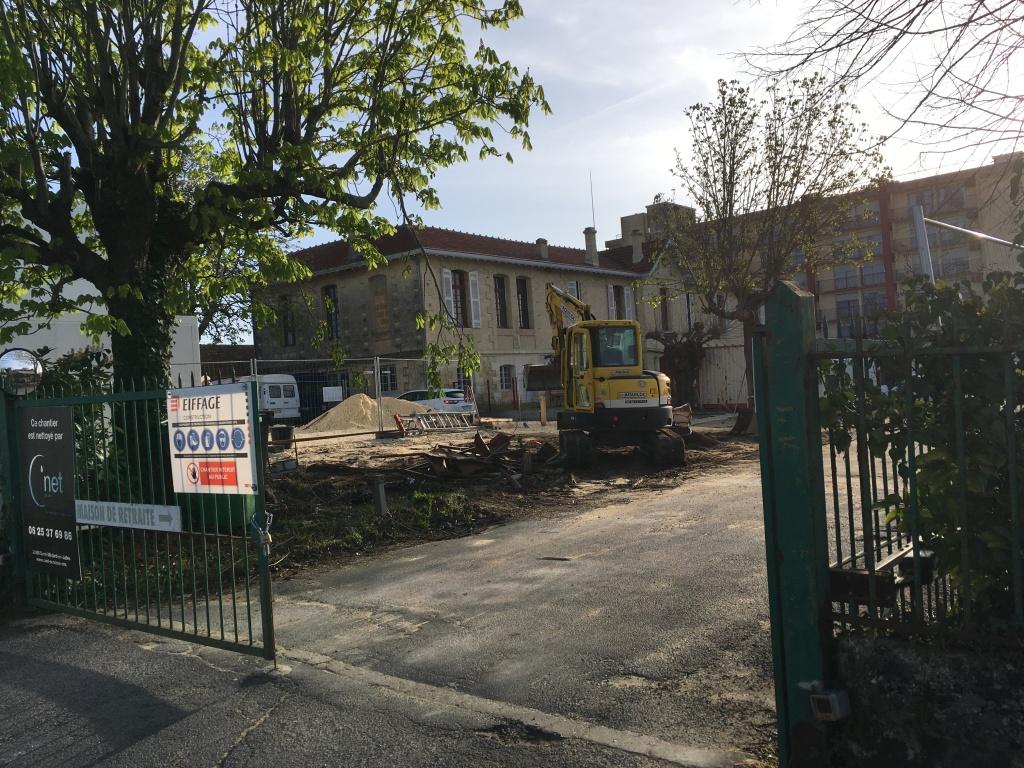 Acoba Assistance maîtrise d'ouvrage : les tout premiers coups de pelle de l'EHPAD La tour du Pin à Saint-André-de-Cubzac - 1