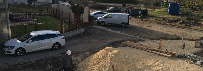 Acoba Assistance maîtrise d'ouvrage : les tout premiers coups de pelle de l'EHPAD La tour du Pin à Saint-André-de-Cubzac