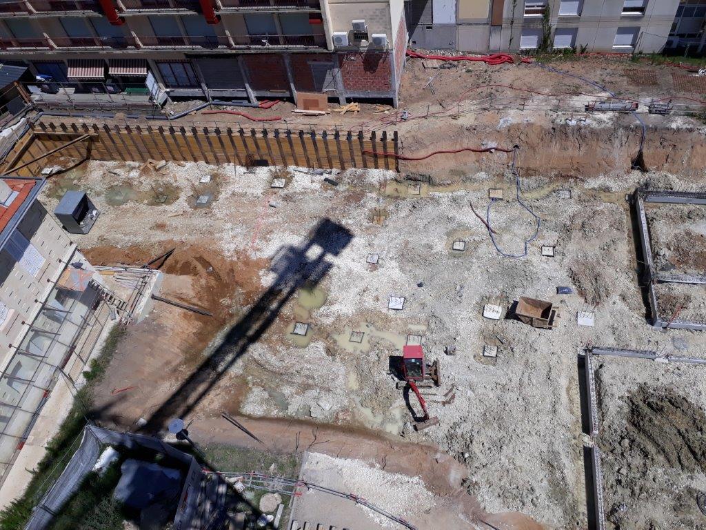 Acoba Assistance maîtrise d'ouvrage : vues aériennes sur le chantier de l'EHPAD La tour du Pin à Saint-André-de-Cubzac - 1