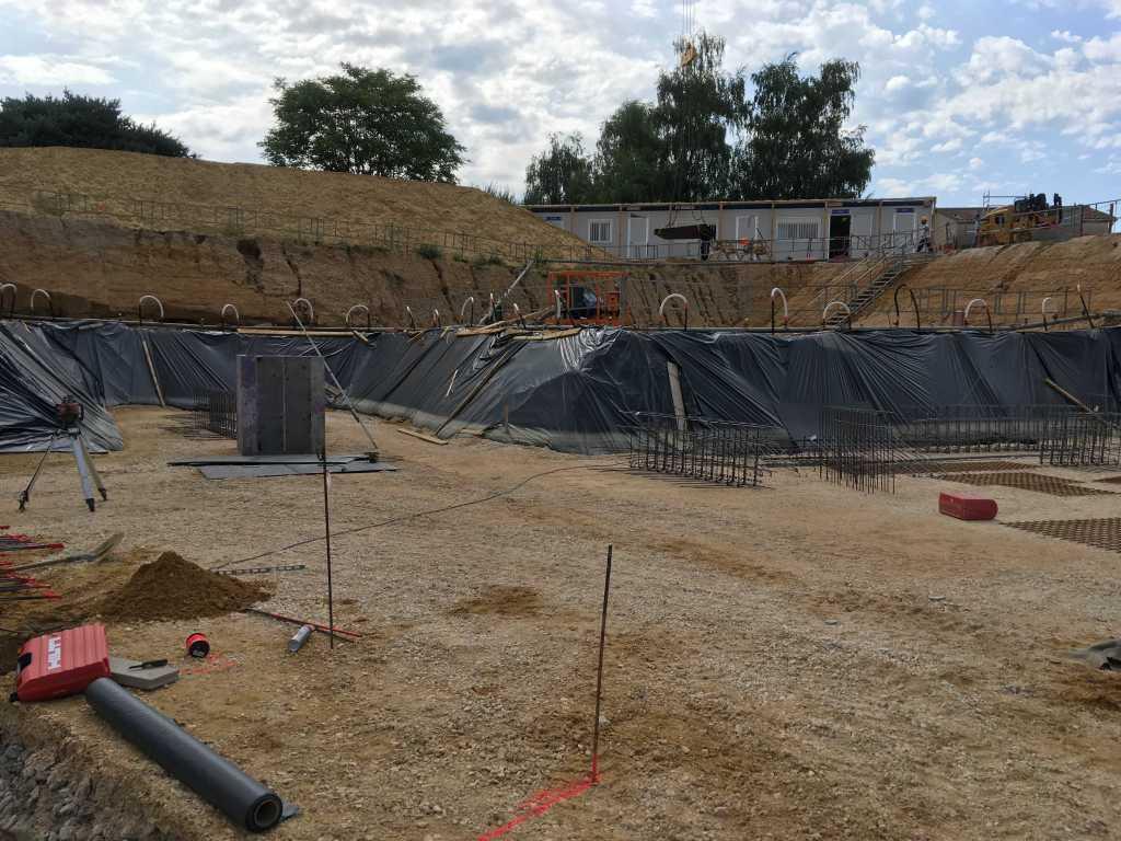 Acoba Assistance maîtrise d'ouvrage : Les travaux de reconstruction de la piscine à Ambarès-et-Lagrave se poursuivent-5