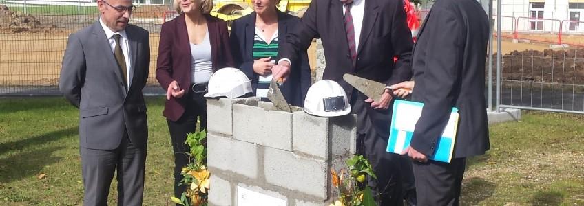 Acoba : Pose de la première pierre et début terrassement du chantier de Nogent-Le -Rotrou