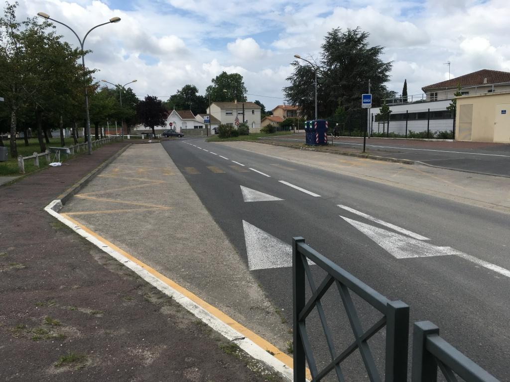 Acoba Assistance maîtrise d'ouvrage : Les travaux de reconstruction de la piscine à Ambarès-et-Lagrave ont débuté - 8
