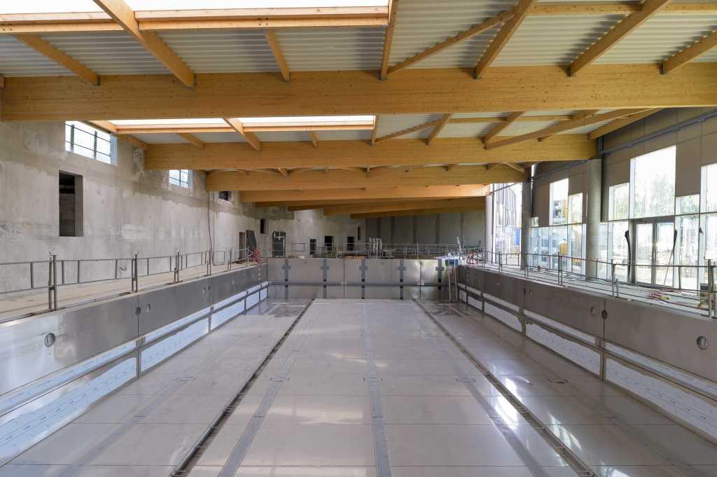 Acoba Assistance maîtrise d'ouvrage : Les travaux de la piscine d'Ambarès-et-Lagrave avancent - 1