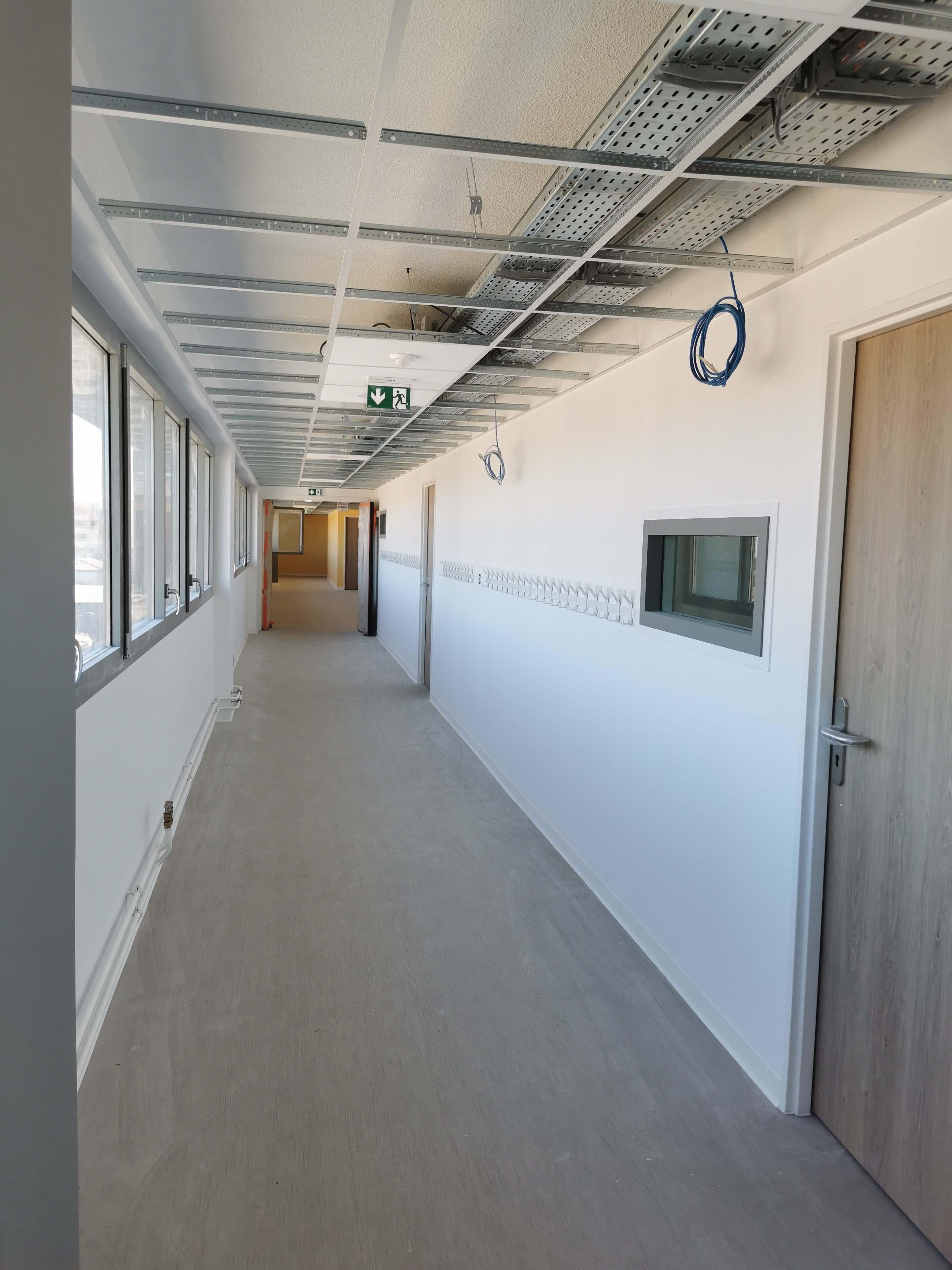 Acoba Assistance maîtrise d'ouvrage : Requalification d'un immeuble de bureaux du centre-ville de Bordeaux en Groupe Scolaire de 10 classes - 8