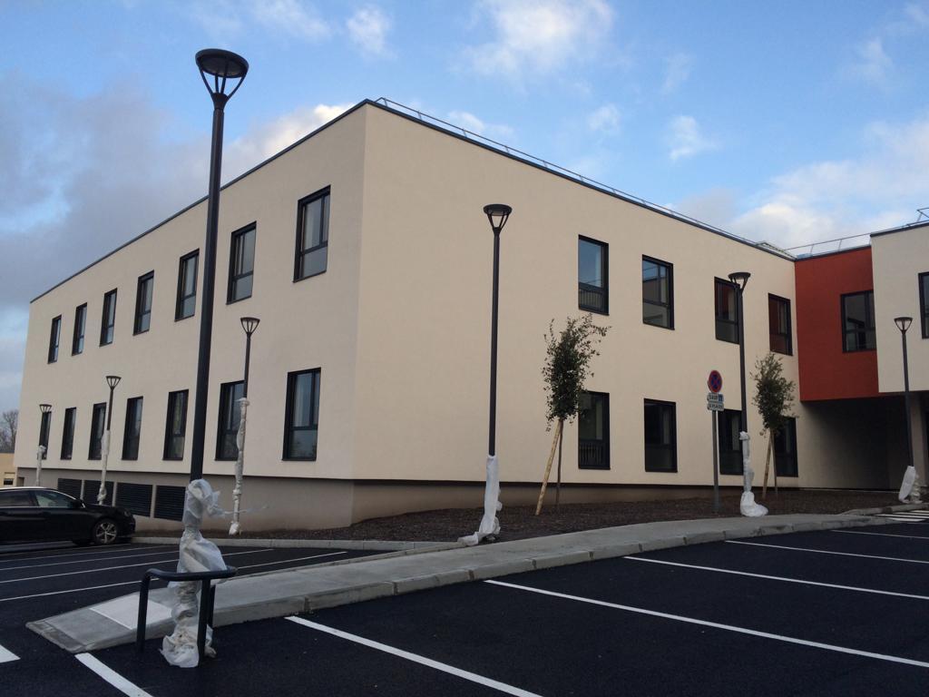 Acoba Assistance maîtrise d'ouvrage : Relocalisation de 60 lits de CSSR «Châteauneuf » de Léognan sur le site du CMPR de la Tour de Gassies à Bruges (33) - 1