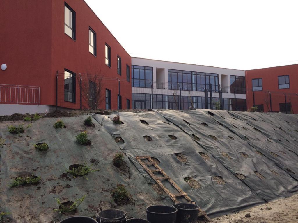Acoba Assistance maîtrise d'ouvrage : Relocalisation de 60 lits de CSSR «Châteauneuf » de Léognan sur le site du CMPR de la Tour de Gassies à Bruges (33) - 4